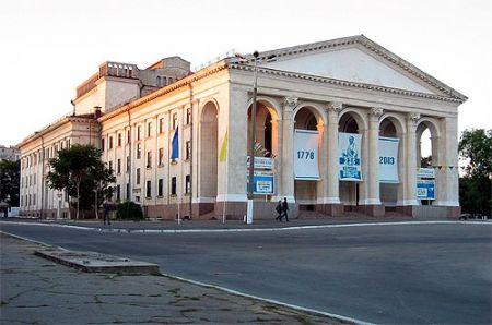 Його величність Каберне. Херсонський театр ім. Миколи Куліша
